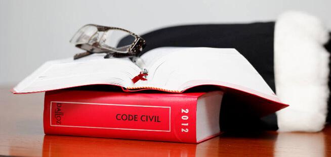 Cabinet d'avocats faire une demande d adoption simple